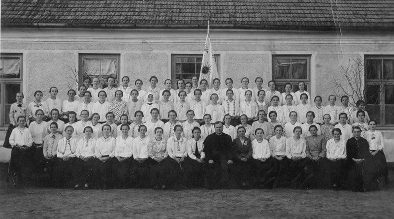 djevojačko-katoličko-društvo-1940.